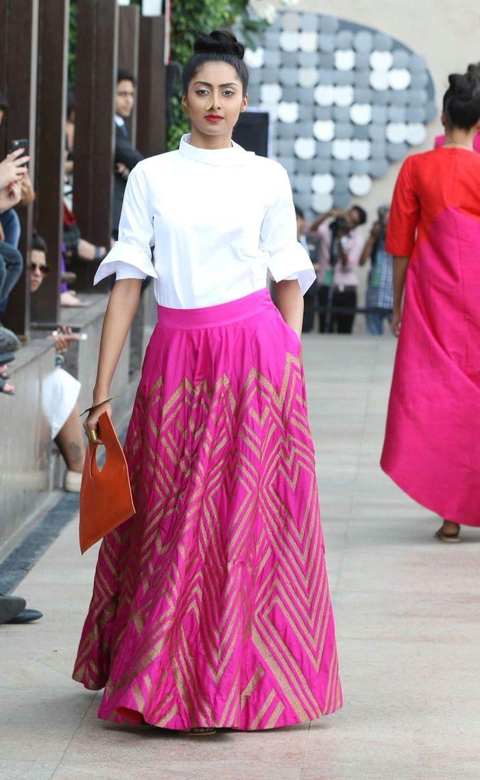 Pin de Sahithya Reddy en Lenghas & Saris | Pinterest