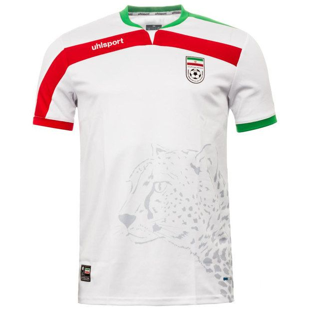 official photos 5f6cf 4aec8 They play in white, but most importantly their shirt is ...