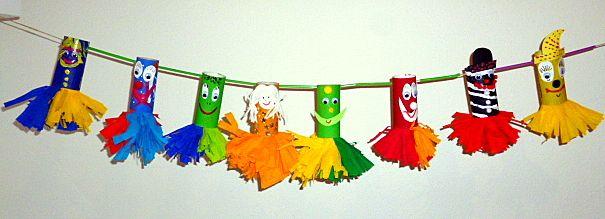 Bunter clown aus toilettenpapierrolle fasching basteln meine enkel und ich made with - Basteln im kindergarten karneval ...