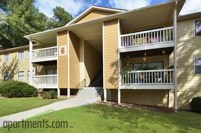 Bella Apartments Apartments In Norcross Ga Apartments Com Reasonable Price Not Sure About Washer Dryer Hook Up Apartments For Rent Apartment Floor Plans