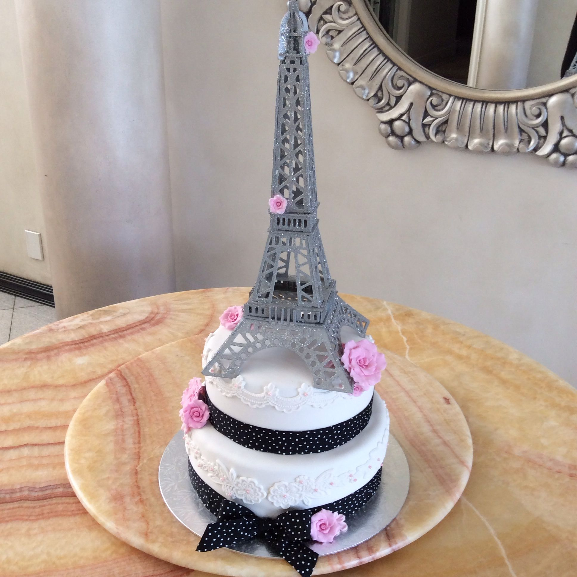 Kelly's Creations Cakes