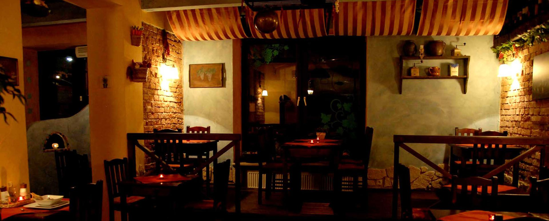 Pizza Krakow Wloska Restauracja W Krakowie Damarco Pl Home Decor Loft Bed Restaurant