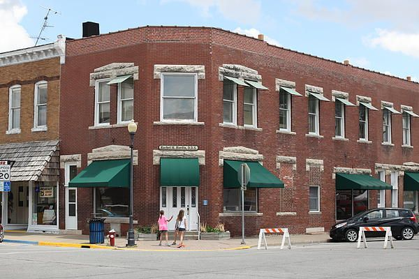 Anthony Cornett's photo of some of the stores in Centralia, Missouri.