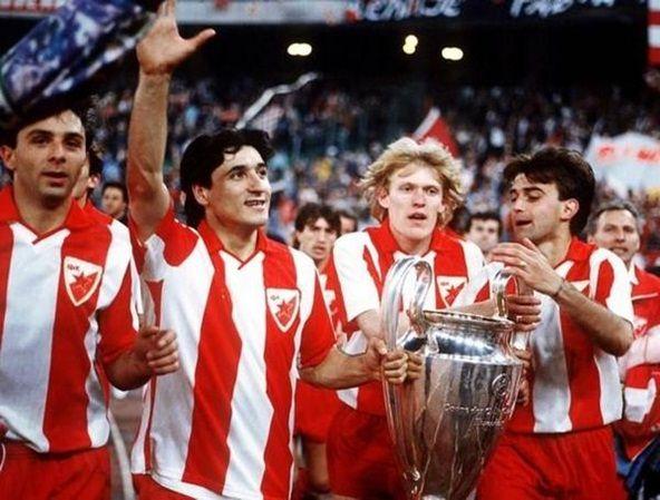Crvena Zvezda Una Stella Rossa Nel Cielo Red Star Belgrade Uefa Champions League Football Club