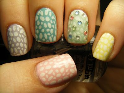 No Nekkid Nails - Pastel Easter Stamp Mani