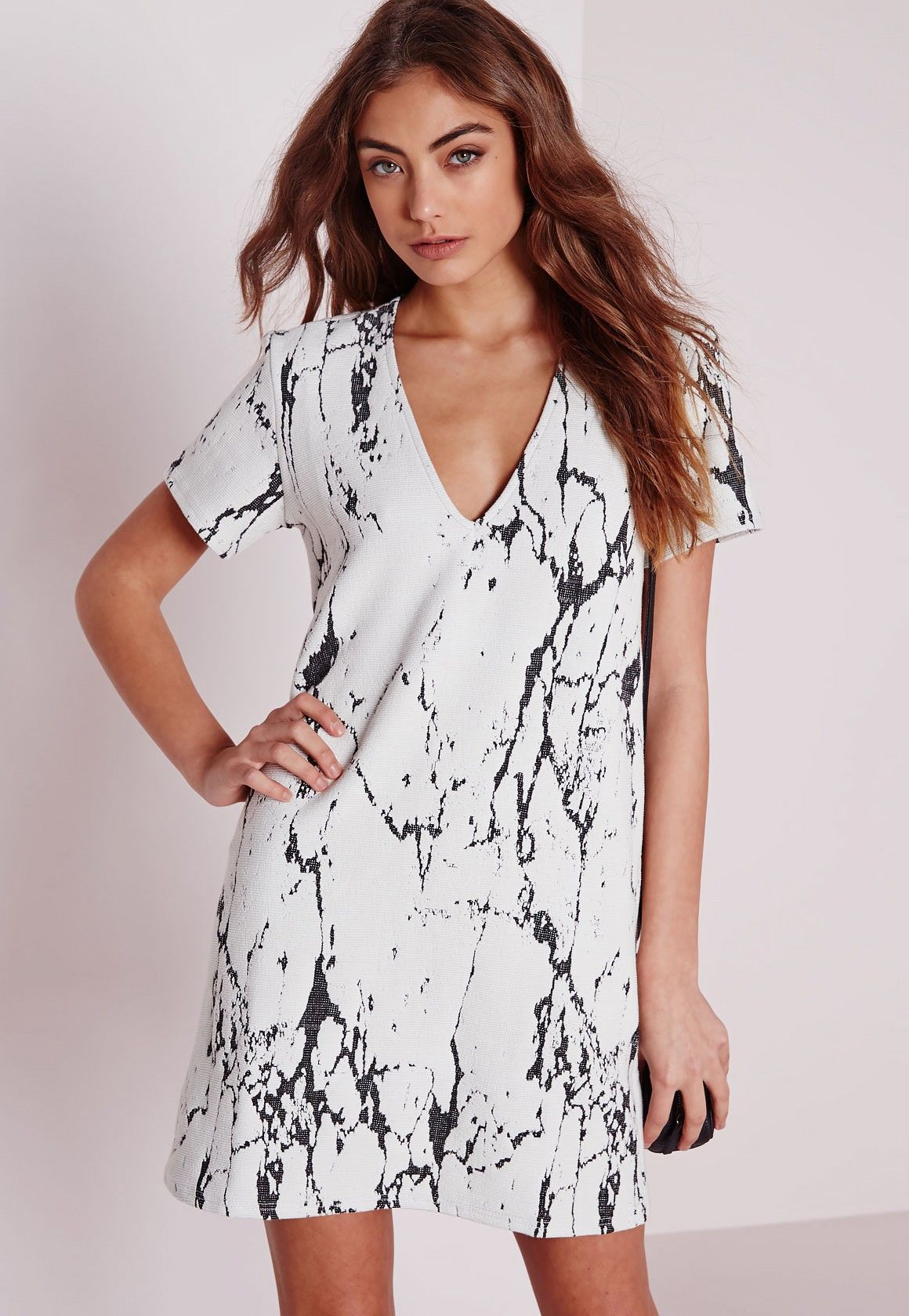 Plunge Short Sleeve Knitted Shift dress White Black Marble - Dresses - Mini  Dresses - ef3d4afe315