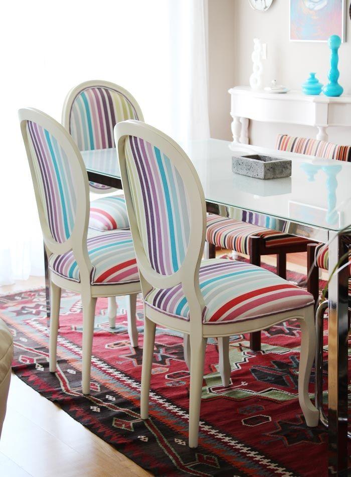 Silla blanca tapizada rayas decoracion pinterest for Sillas blancas tapizadas