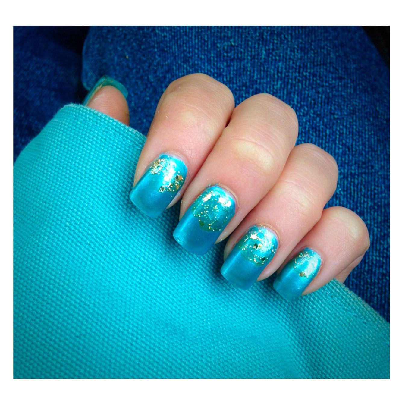 Baby blue sparkle nails