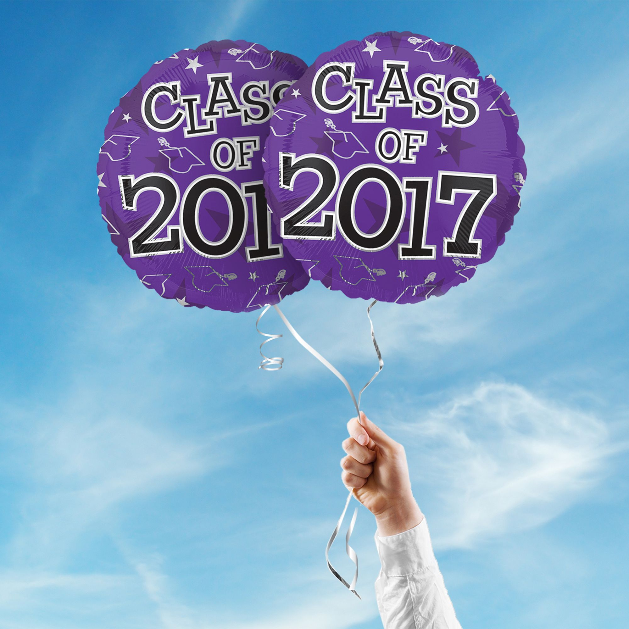 """Includes 2 Purple 17"""" round Class of 2017 graduation foil balloons. """"Class of 2017"""" is printed on both sides of the balloons. Use balloons for your graduation party centerpieces or balloon bouquets."""