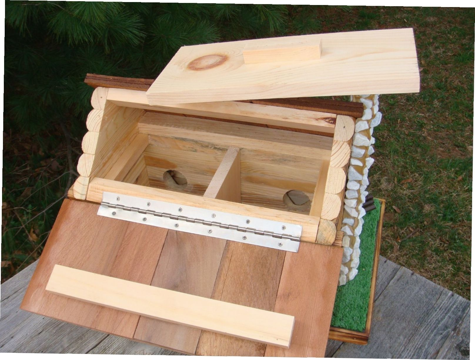 Log Cabin Bird Feeder Plans Free Wood Bird Feeder Bird Feeder Plans Bird Houses