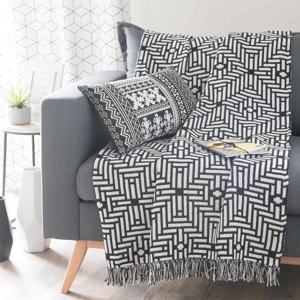 Jete De Canape Maison Du Monde Jete En Coton Noir Blanc 160 X 210 Cm Evora Jete De Canape Maison Du Mo In 2020 Black And White Living Room Sofa Decor Charcoal Interior