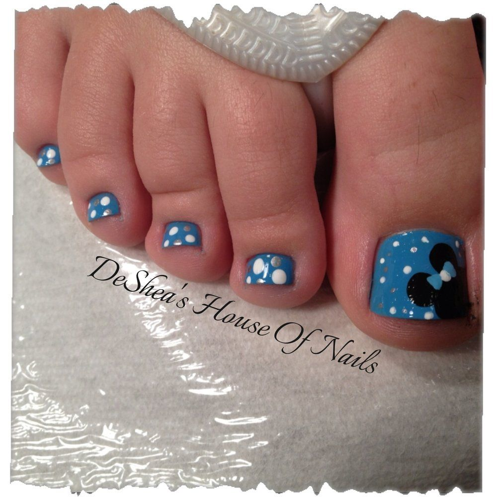 Have you considered getting Disney nails? Getting a Disney themed manicure  or pedicure can be a fun way to add excitement leading up to your vacation. - Disney Toes Mani/pedi Pinterest Disney Toes, Disney Nails