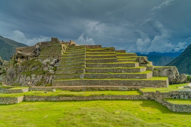 7 Facts About Machu Picchu That Show How Incredible The Inca Empire Was Jessica Stewart My Modern Met Picchu Machu Picchu Machu Picchu Facts