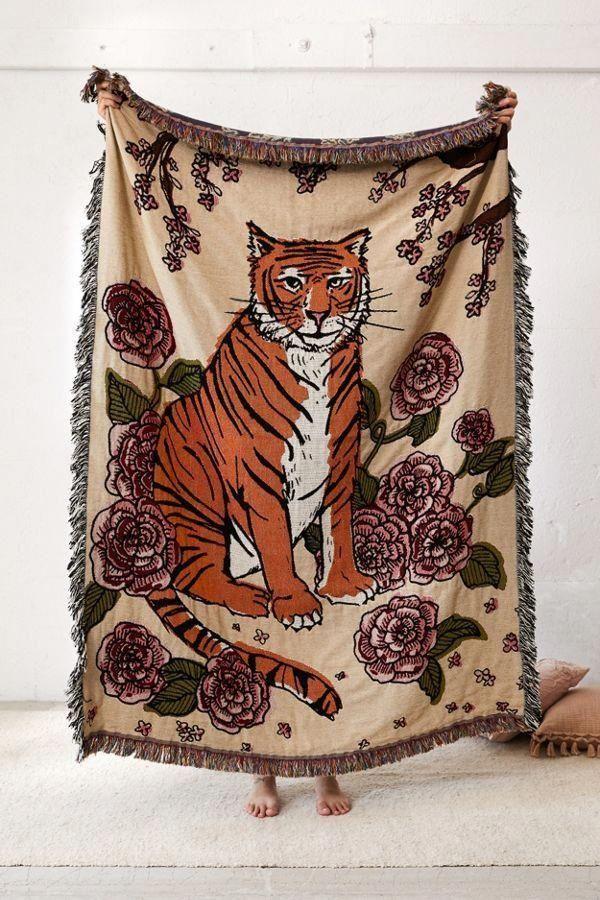 Calhoun Co Tiger Rose Throw Blanket Homefurnishings