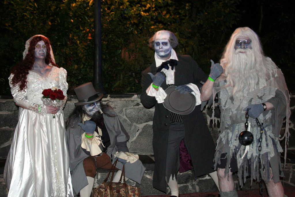 The Haunted Mansion's Hitchiking Ghosts | by dawholagn