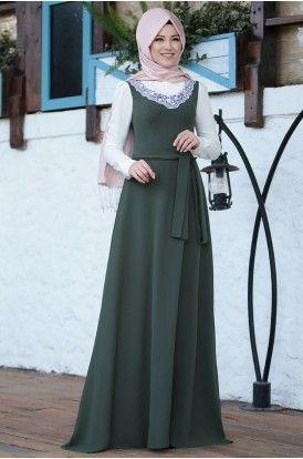 Zarif Tesettur Adli Kullanicinin Tesettur Elbise Modelleri Panosundaki Pin The Dress Moda Stilleri Ve Moda Kiyafetler
