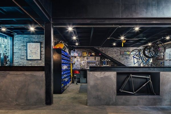 Factory Five Bike Shop Serves Bikes And Beer In Shanghai Bike
