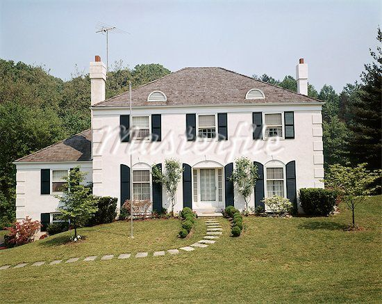 White Stucco House With Shutters Google Search