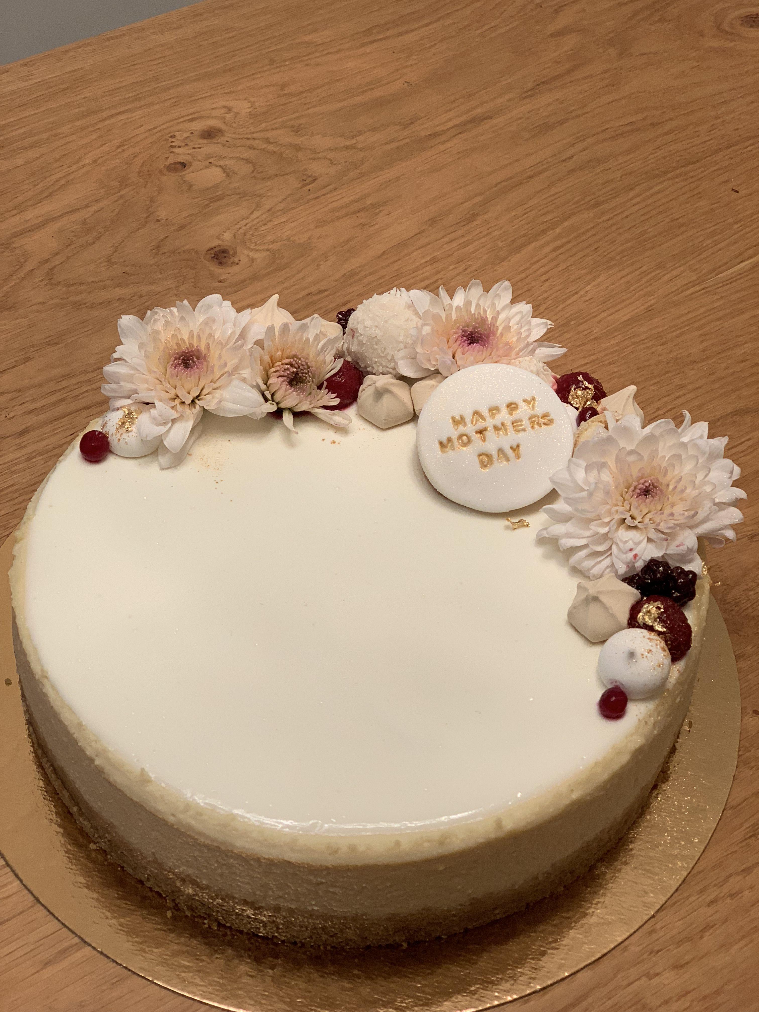New York Cheesecake Cheesecake Cake
