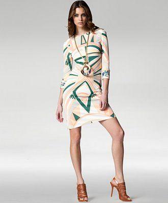 d181b593 Designer Clothing: The Glamour Of Women's Designer Clothing ...