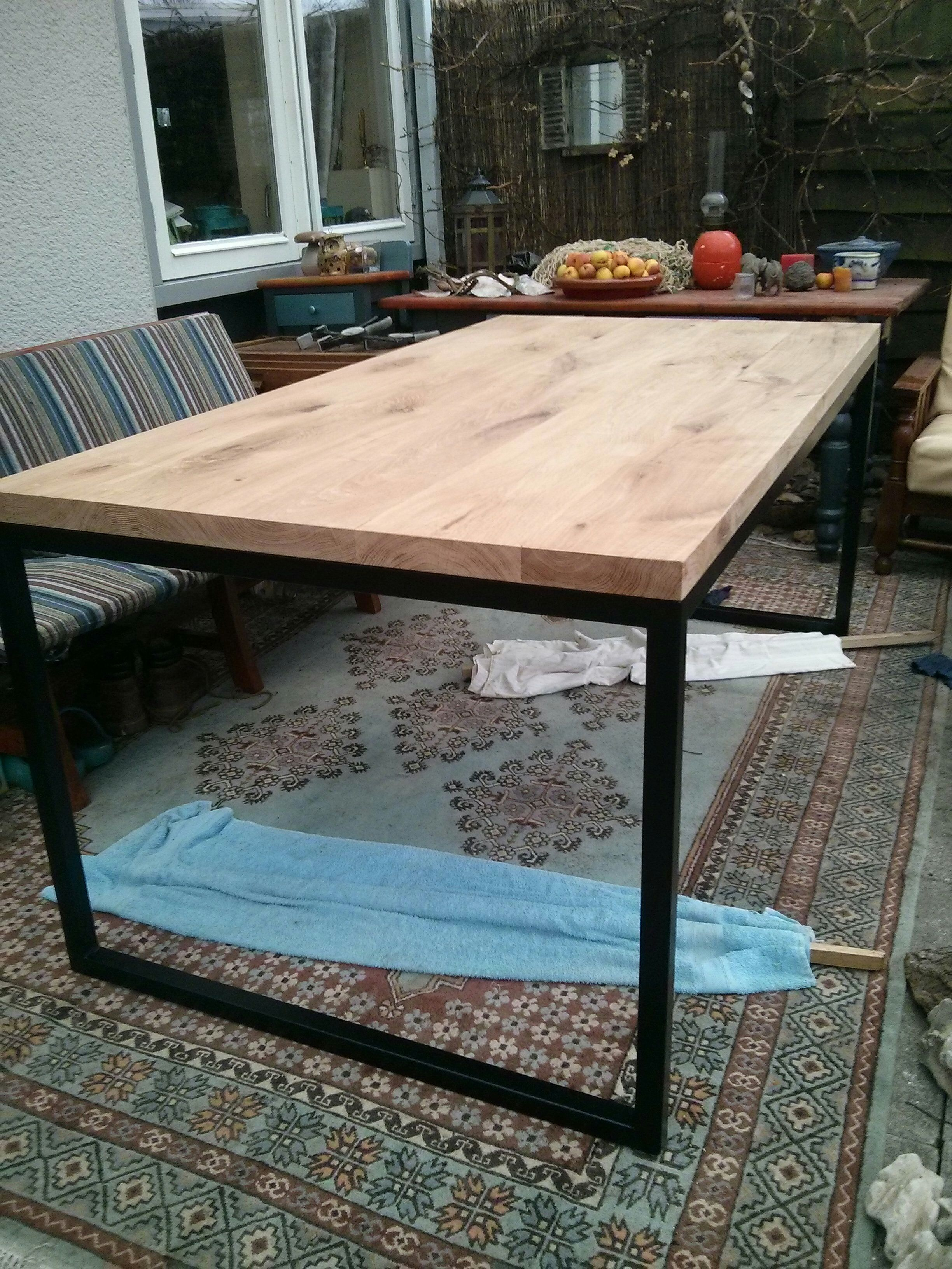 Wohnzimmertische · DIY: Metal Frame Dining Room Table; Steps In Pictures,  But Not In English