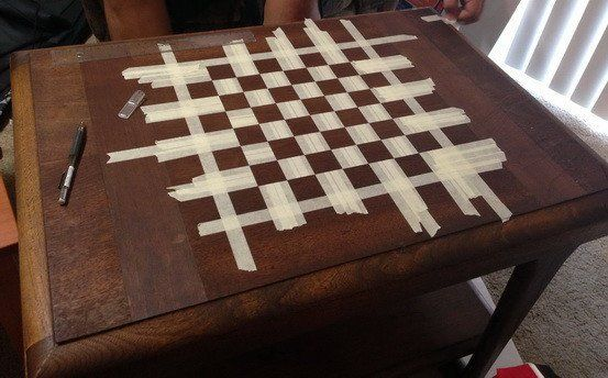 How To Make A Custom Chess Board From An Old Wooden Table For Under 15 Dollars En 2020 Jeux Decoration Echiquier En Bois Table D Echecs