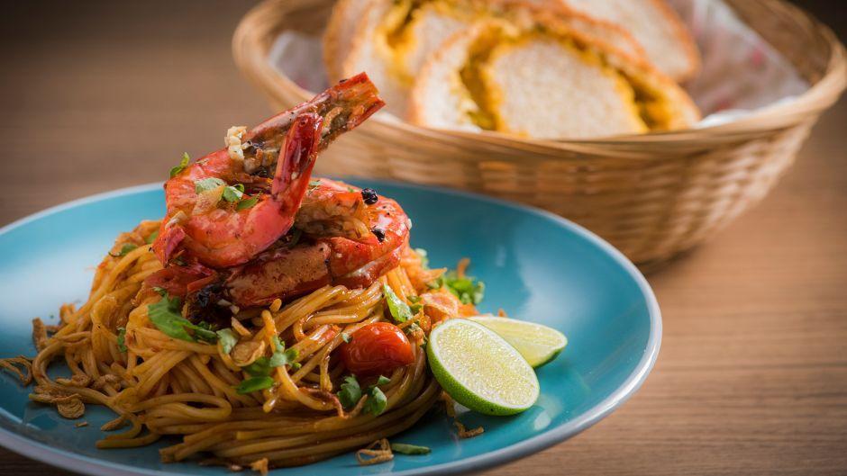 Sambal spaghetti with grilled prawns asian food channel recipes sambal spaghetti with grilled prawns asian food channel forumfinder Gallery