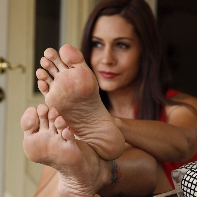 raylene toes