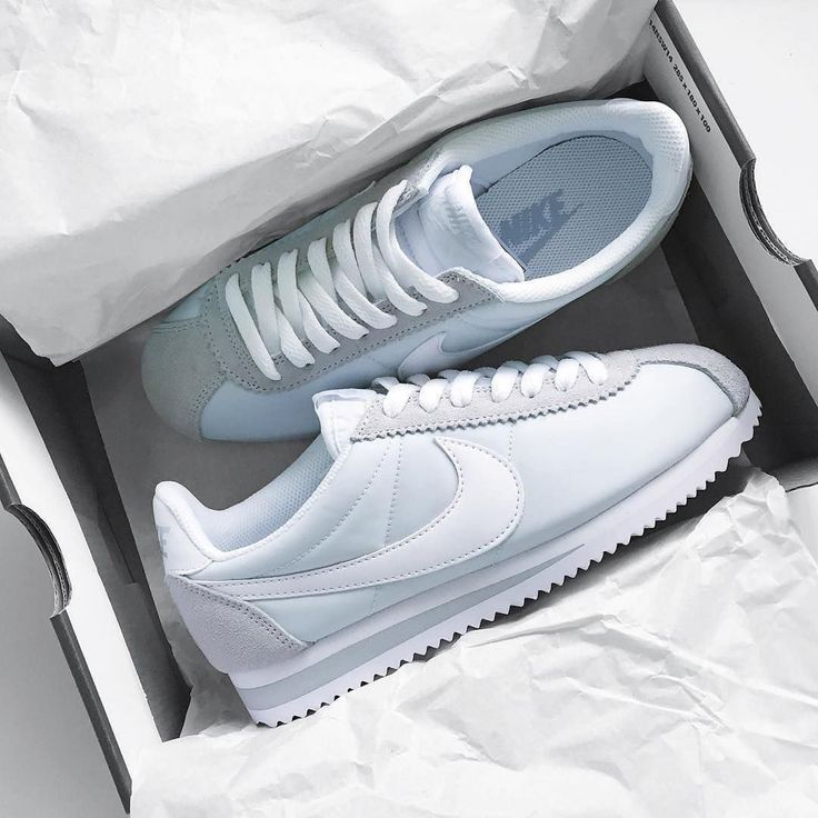 CLASSIC CORTEZ Baskets basses pure platinumwhite