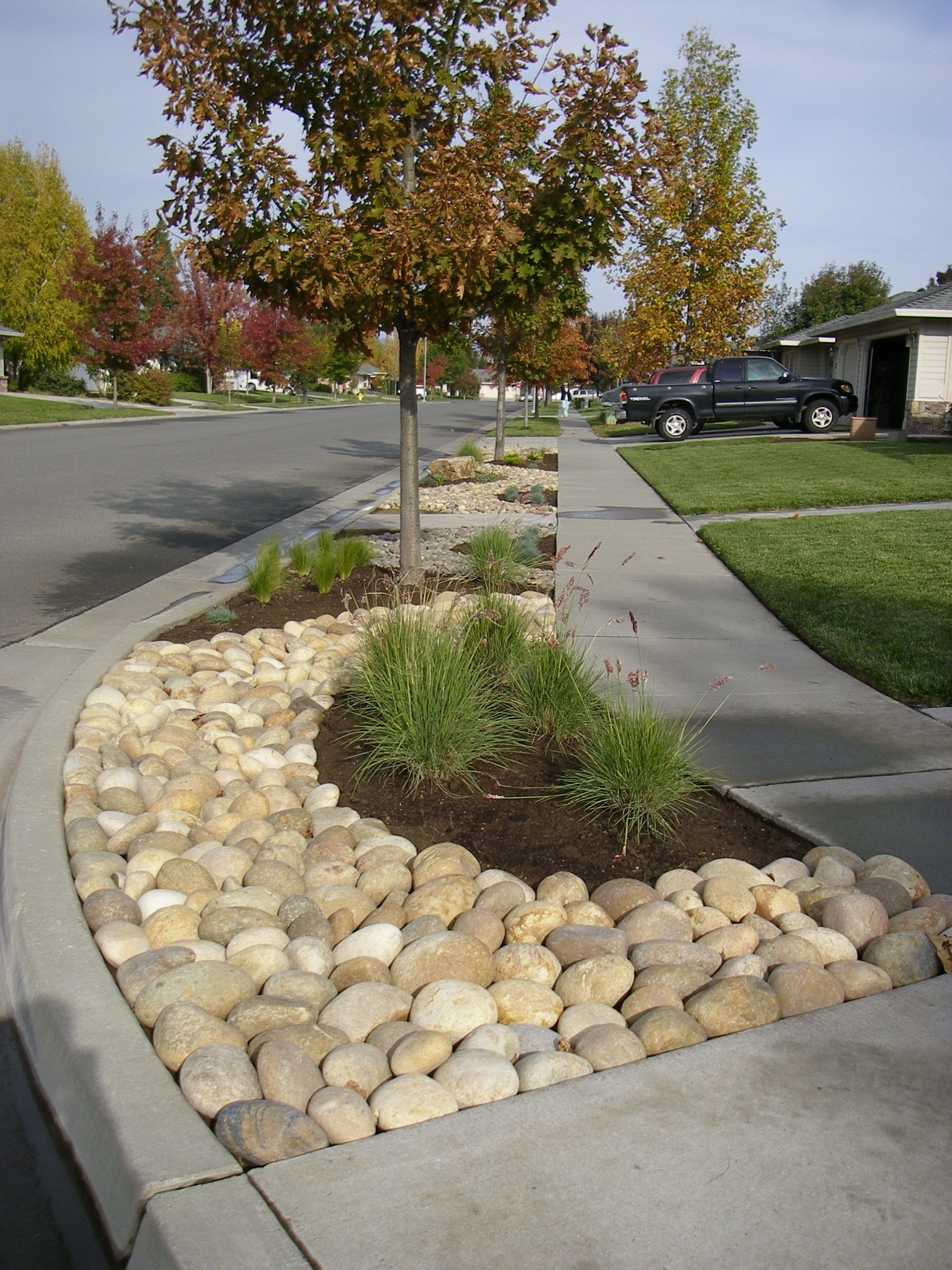 these look larger to me - but it shows an edge (like you ... on Pebble Yard Ideas id=44085