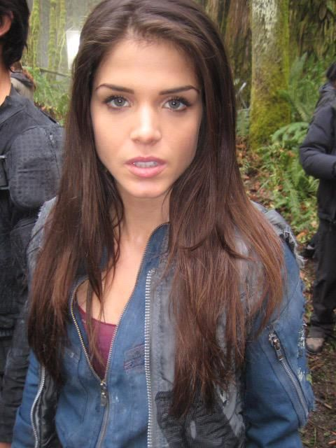 Marie Avgeropoulos | O...