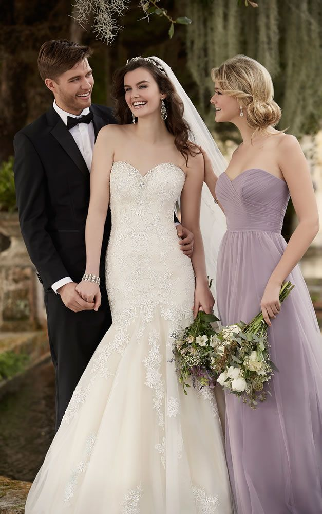 Essense of Australia | Wedding Dress Style D1900