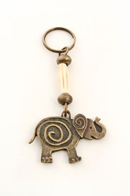 Cute Elephant Carving Wooden Pendant Keychain Key Ring Chain Gift SW