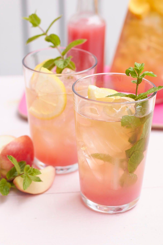 Sommergefühle im Glas – selbstgemachter Pfirsich-Eistee | tastesheriff