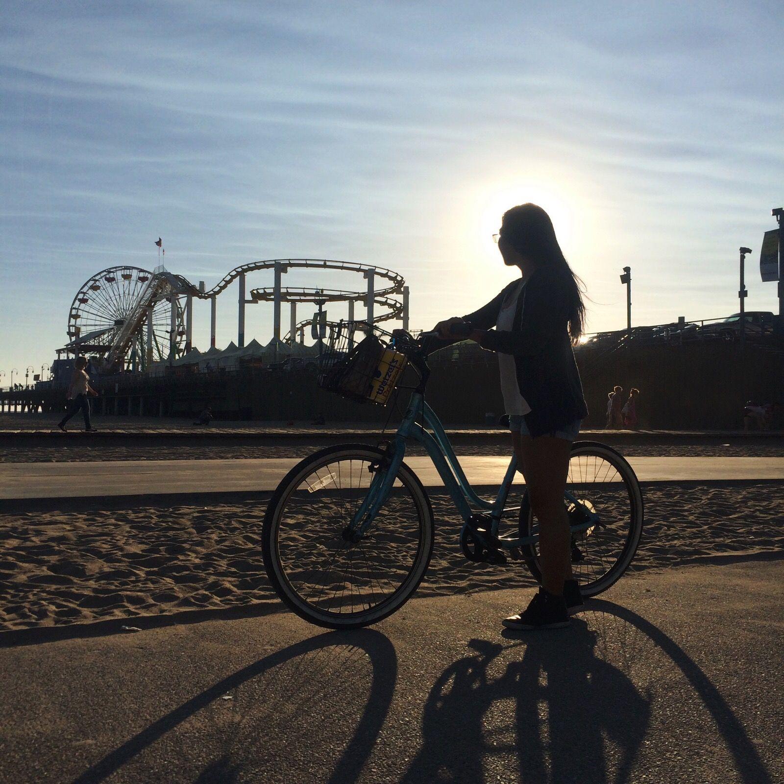 Santa Monica dating