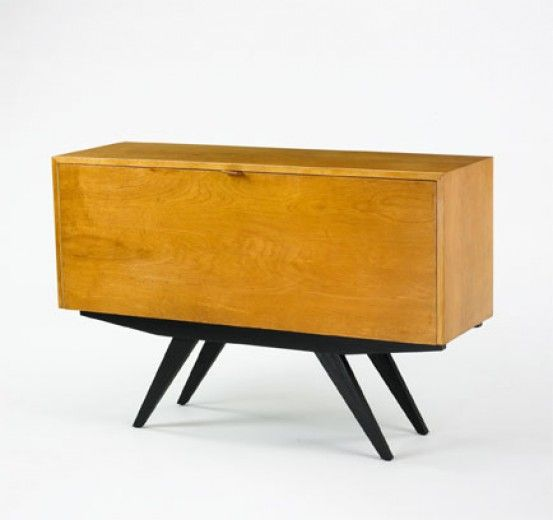 Florence Knoll, Cabinet for Knoll, 1947  Console / Credenza - diseo de muebles de madera