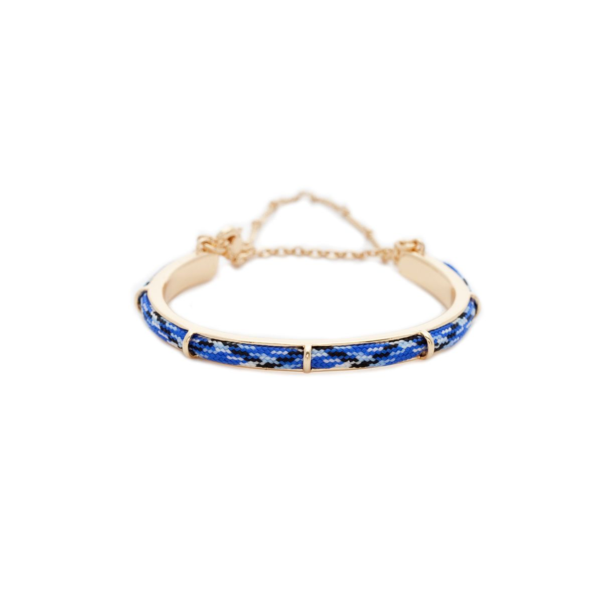 An adorable friendship bracelet for your flower girls take a