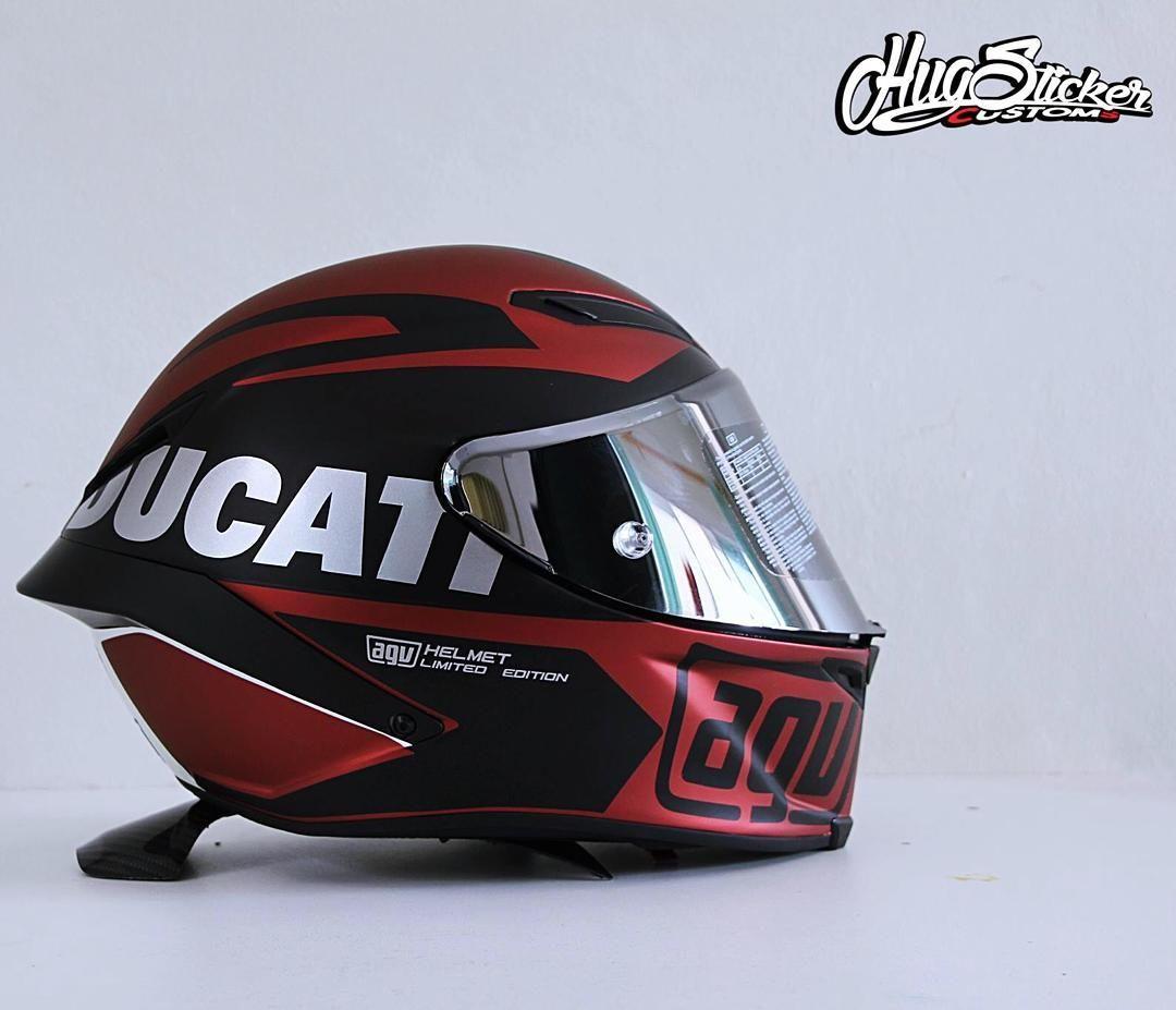 3379c147 Motorcycle Helmet Design, Biker Helmets, Racing Helmets, Motorcycle Suit,  Ducati Motorcycles,