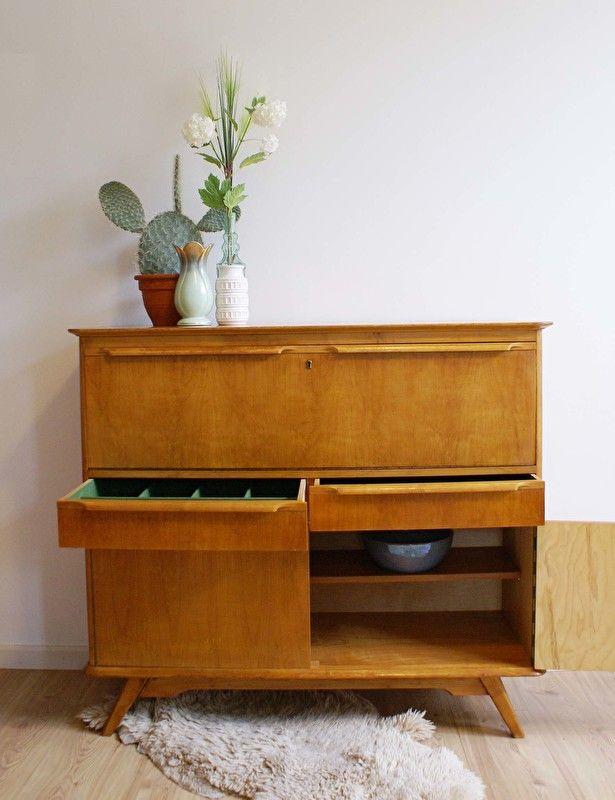 Verwonderend Tof vintage dressoir uit de jaren 60. Houten retro kast of evt ND-75