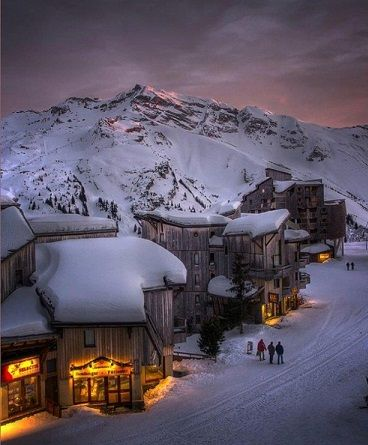 Alpine-Glow-Sunset-Les-Trois-Vallees-The-French-Alps