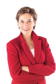 Angela DeFinis is an industry expert in professional public speaking. As an author, speaker, consultant and founder of DeFinis Communications