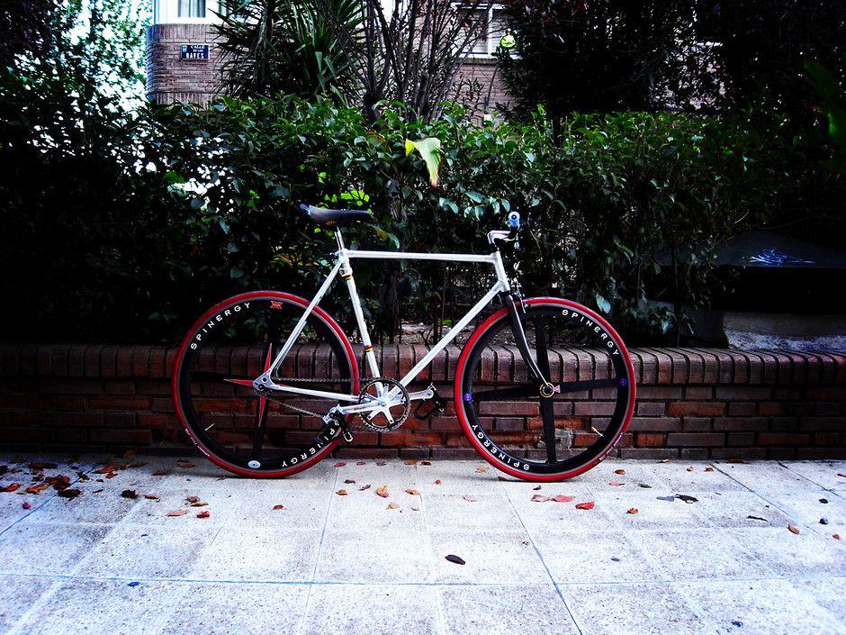 Alan Single Speed Bicycle Riding Bike