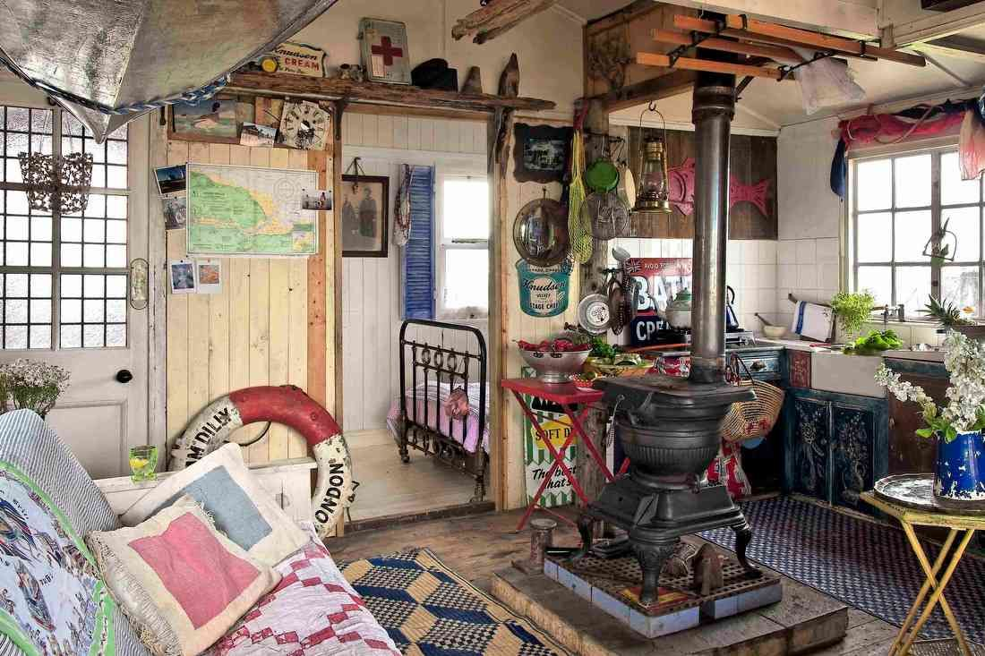 U K Beach Shack No Water Or Electricity With Images Rustic
