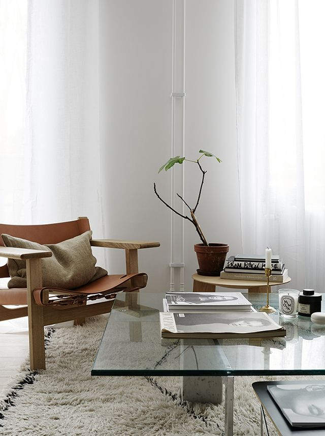 Living room tan leather safari chair styled by josefin   photographed krisofer johnsson inspirationhome decor also best apt inspiration images in home interiors rh pinterest