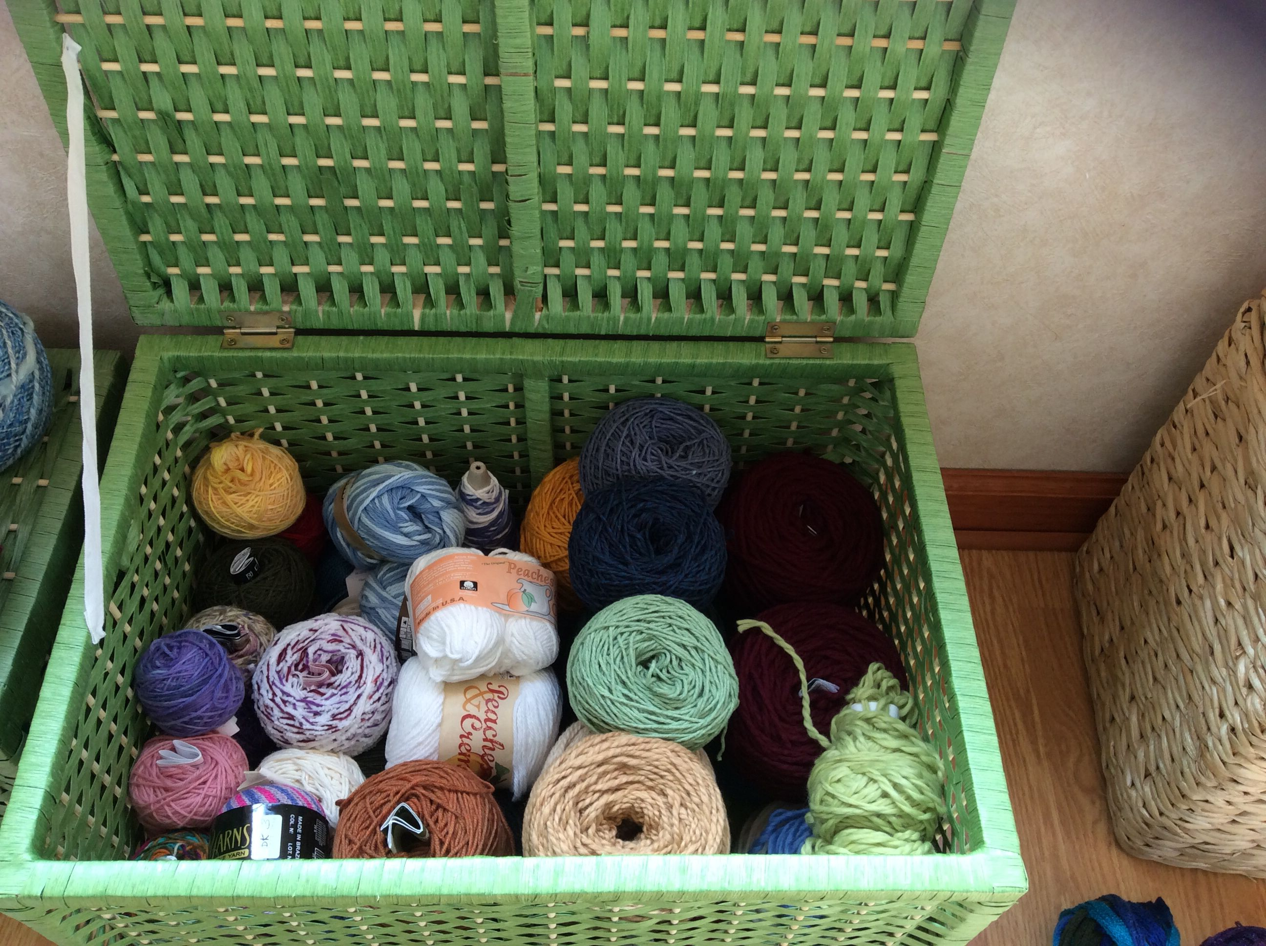 Sort the yarn by weight.