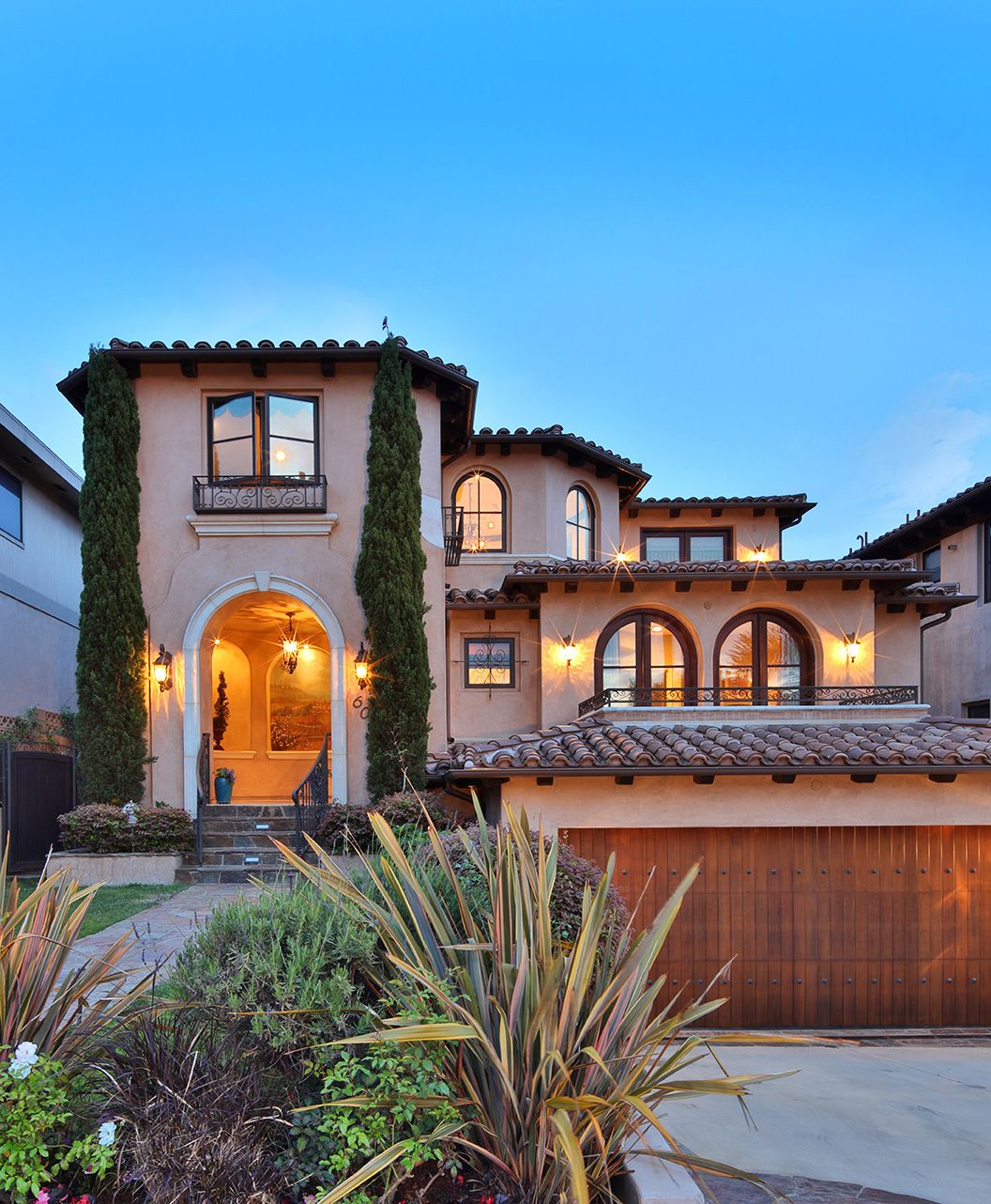 Luxury Spanish Style Home Exterior House Exterior Spanish Style Home Spanish Style