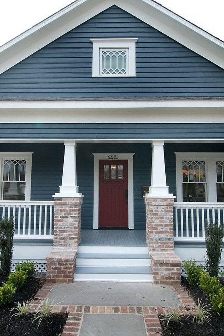 35+ Amazing Traditional Cape Cod House Exterior Ideas #exteriorhousecolors