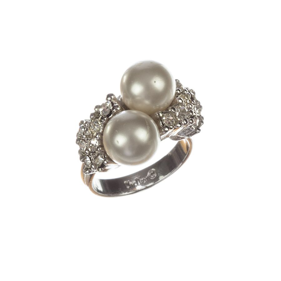 Christian Dior Ring FollowShopHers ShoppingTherapy Pinterest