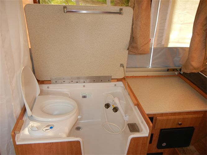 tent trailer toilet - Google Search & tent trailer toilet - Google Search | Tiny houses | Pinterest ...