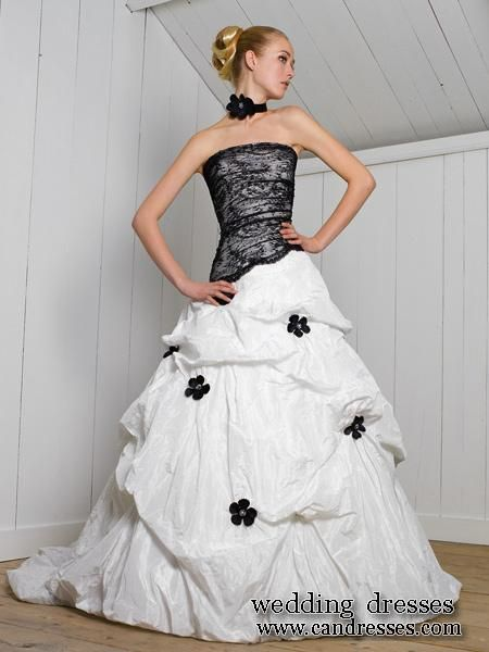 Black And White Wedding Dress Love The Design Replace The Flowers